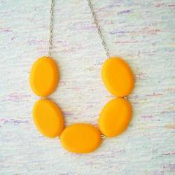 Orange chunky necklace