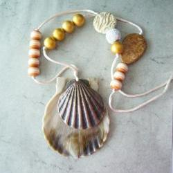 Fossil beige necklace